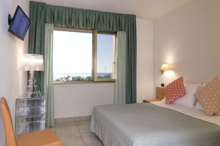Capodanno Hotel e cenone Hotel Bixio Lido di Camaiore